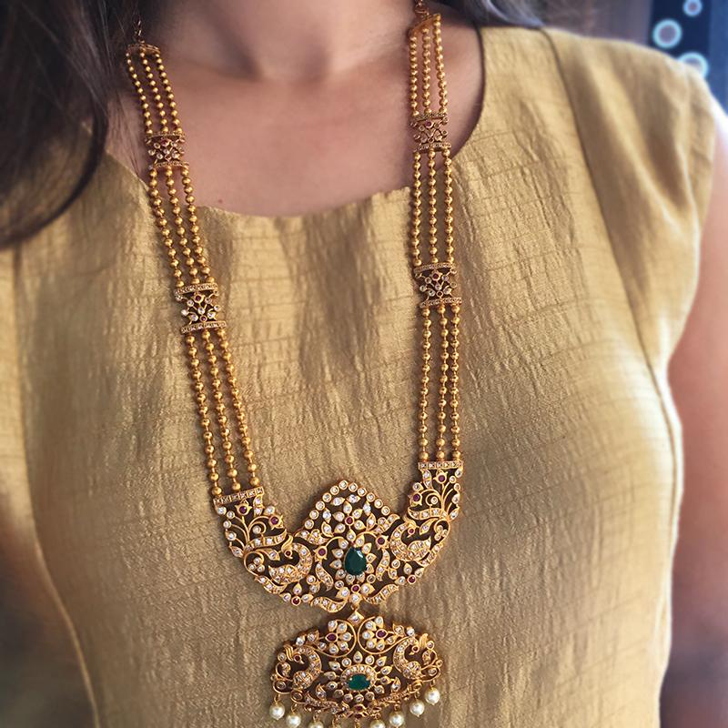 Buy Artificial Jewellery Online And Know About Its Benefits