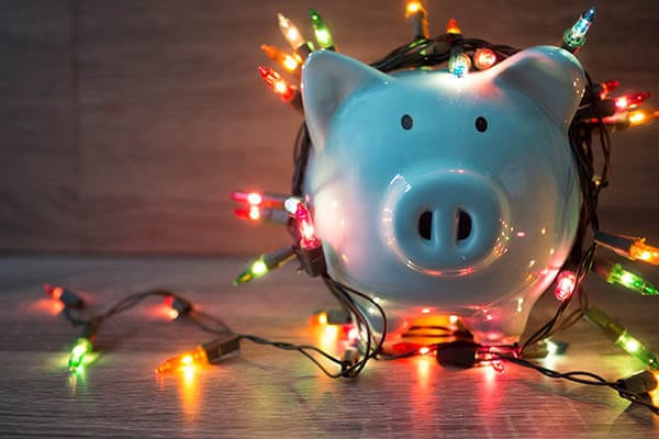 Tips to Minimize Debt During the Holidays