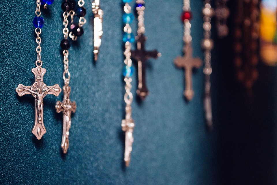 What to Look for in A Catholic Store Near Me to Know They Are Well-Reviewed and High Quality